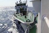 Tàu Trung Quốc đâm trực tiếp vào tàu Việt Nam