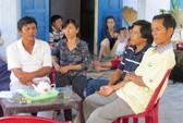 Người thân lo lắng cho số phận 6 ngư dân bị Trung Quốc bắt giữ