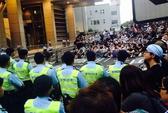 Hồng Kông khủng hoảng