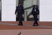 Pháp bắt đầu không kích IS