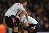 Những giọt nước mắt của Gerrard và Suarez ở Selhurst Park