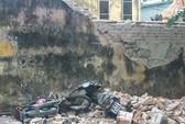 Tháo dỡ nhà giúp hàng xóm, bị tường đè chết