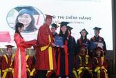 Trường ĐH Kinh tế TPHCM trao bằng tốt nghiệp cho 93 tân cử nhân, thạc sĩ