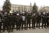 Ukraine: Phe thân Nga không ngồi yên