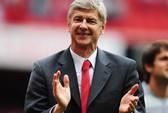 HLV Wenger gia hạn hợp đồng với Arsenal thêm 2 năm