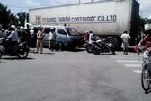 Học sinh lớp 6 bị xe container cán chết trong ngày nhận đồng phục