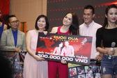 Đội Hương Giang Idol chiến thắng