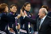 Chung kết World Cup bóng đá nữ: Chủ tịch FIFA không dám đến trao cúp