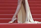 Sao bức xúc vì quy định buộc mang giày cao gót ở Cannes