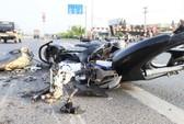 4 người trong gia đình chết thảm do xe tải mất lái