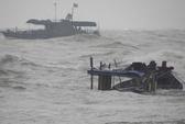 Chìm 3 tàu đánh cá trên biển, 2 người chết và mất tích