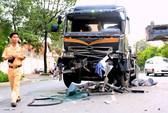 Tai nạn liên hoàn lúc rạng sáng, 4 người bị thương