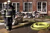 Báo Đức bị tấn công khi đăng lại ảnh của Charlie Hebdo