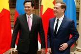 Thủ tướng Nga Medvedev đến Hà Nội