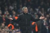 HLV Mourinho: Những ai chỉ trích tôi là có vấn đề