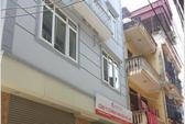 Hà Nội: Nữ giám đốc tử vong bên 2 con dao dính máu
