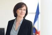 """Nữ bộ trưởng Pháp bị """"ném đá"""" vì mạng che mặt"""