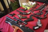 Bắt nhóm giết người có kho vũ khí