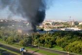 Nga: Cháy nhà kho ở Moscow, 17 người thiệt mạng