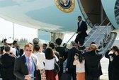 Sự cố bất ngờ khi Tổng thống Obama tới Trung Quốc