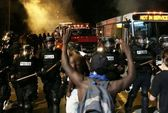 Cảnh sát bắn chết người, dân chúng phẫn nộ