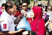 Ông Duterte phát ngôn bất ngờ về Scarborough trước khi thăm Trung Quốc