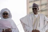 Đệ nhất phu nhân Nigeria dọa chồng không kiêng nể