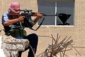 Chưa kịp vung dao, đao phủ IS bị