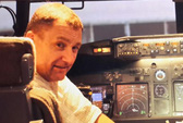 Phi công MH370 hành động như anh hùng?