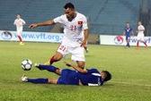 HLV Hoàng Anh Tuấn chê U19