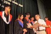 Thêm 74 thạc sĩ Trường ĐH Duy Tân nhận bằng