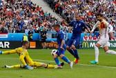 Tây Ban Nha đòi nợ Ý