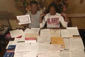 Chị em sinh đôi trúng tuyển 56 trường đại học