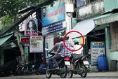 Bắt hai thanh niên cướp giật trên phố