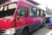 Xe tải tông xe khách, 20 người nhập viện