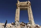IS quay lại thành phố cổ Palmyra