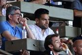Monaco chỉ trích M.U, Chelsea không biết