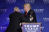 Bị đe dọa, ông Trump được mật vụ đưa khỏi sân khấu
