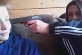 Nga: Cặp thiếu niên