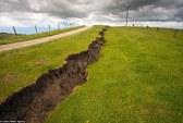 """New Zealand: """"Vạn lý trường thành"""" xuất hiện sau động đất"""