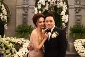 Cô dâu Đinh Ngọc Diệp rạng rỡ bên chú rể Victor Vũ