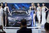 Ngắm dàn người mẫu xinh đẹp tại Triển lãm ô tô Việt Nam 2016