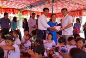 Trao học bổng, thẻ BHYT cho học sinh nghèo Cần Giờ