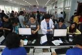 Vé tàu Tết Đinh Dậu 2017: Cả ngàn người chầu chực ngoài ga