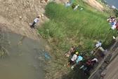 Tá hỏa phát hiện thi thể treo lơ lửng ở chân cầu