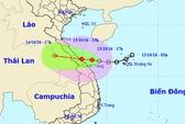 Áp thấp nhiệt đới giật cấp 8-9 vào Huế-Quảng Trị
