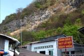 Thót tim lo sạt lở đá ở núi Ba Hòn
