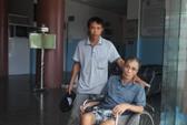 Đồng loạt nghỉ việc vì bệnh viện nợ lương