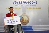 Nhà vô địch Lê Văn Công nhận thưởng từ nhãn hàng dầu gội