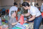 Phim thắng Cánh diều vàng, Dustin Nguyễn đi làm từ thiện